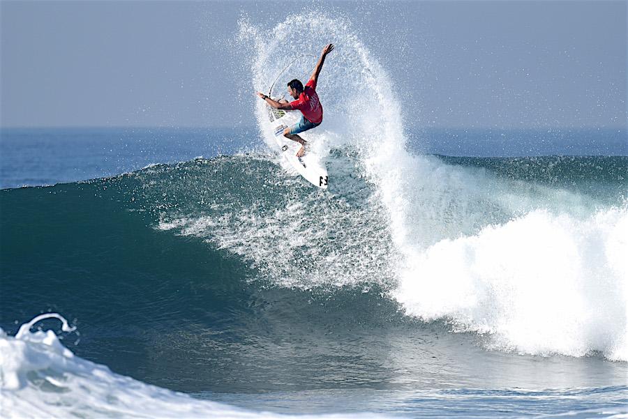 5 Pantai di Bali yang Cocok untuk Surfing 4