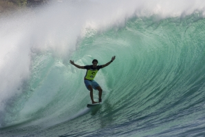 Rip Curl Cup Padang Padang Turns on for High Scores and Deep Barrels!