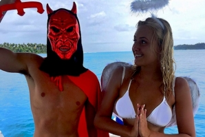 ELLIE JEAN COFFEY CELEBRATES HALLOWEEN AT TELOS ISLANDS