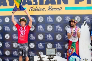 Florence broke a tie with Frederico Morais for first place on qs 10.000 at Haleiwa, Hawaii