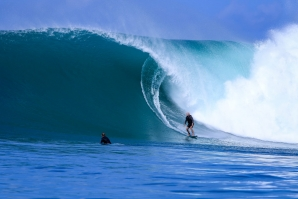 MENTAWAI HEAVY AND ALMOST EMPTY