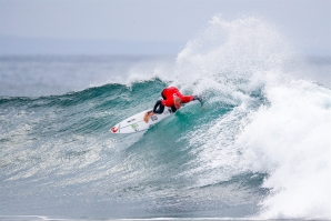 WORLDS BEST SURFERS BLITZ THROUGH FULL DAY AT RIP CURL PRO BELLS BEACH