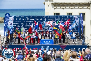 2017 ISA World Surfing Games Declared Open in Biarritz, France