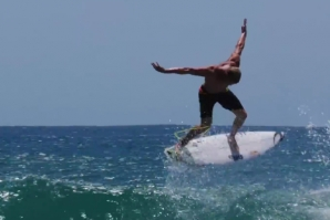 MICK FANNING PUSHING THE AIR LIMITS
