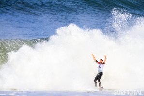 O HEAT ENTRE FREDERICO MORAIS E JORDY SMITH NO QUIKSILVER PRO FRANCE 2019