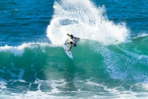 VANS TRIPLE CROWN: DUSTY LIDERA, MICHEL BOUREZ E JULIAN WILSON NA DISPUTA