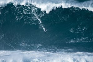 Francisco Porcella na Nazaré - Pic by Bruno  Aleixo