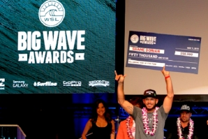 AS ONDAS, O AMBIENTE, OS PROTAGONISTAS NA NOITE DOS BIG WAVE AWARDS