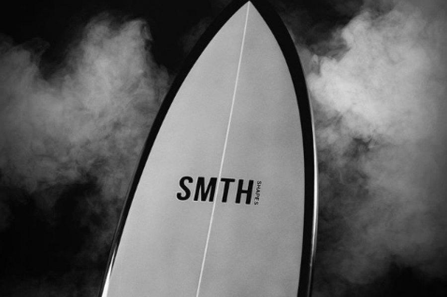 JORDY SMITH LANÇA A SUA PRÓPRIA MARCA DE PRANCHAS DE SURF