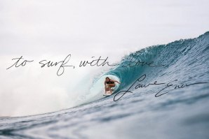 Poesia do surf com Laura Enever